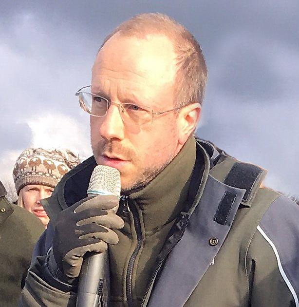 Niels Corfield biog, Soil Health Expert, Regnerative Agriculture Farming Consult, Agroforestry Designer